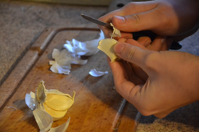 garlic peel