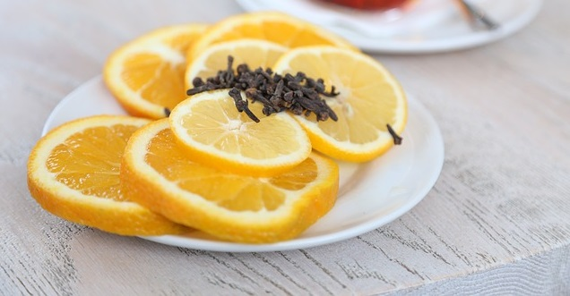 cloves and lemon